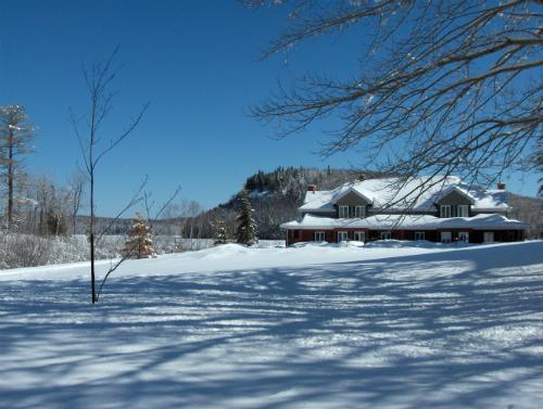 Auberge sous la neige 1