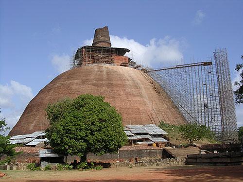4-Anuradhapura