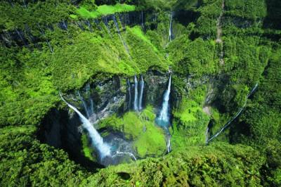 Cascade Trou de Fer © www.reunion.fr
